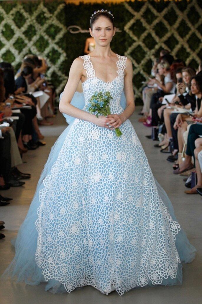 Vestido azul de novia azul Oscar de la Renta Primavera 2013