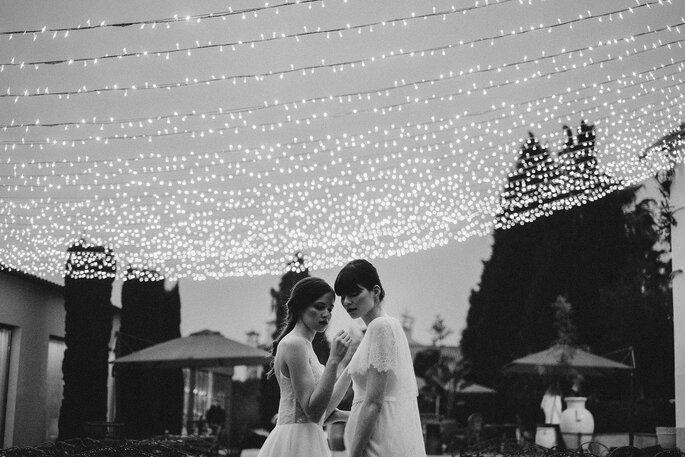decoração de casamento com varal de luzes