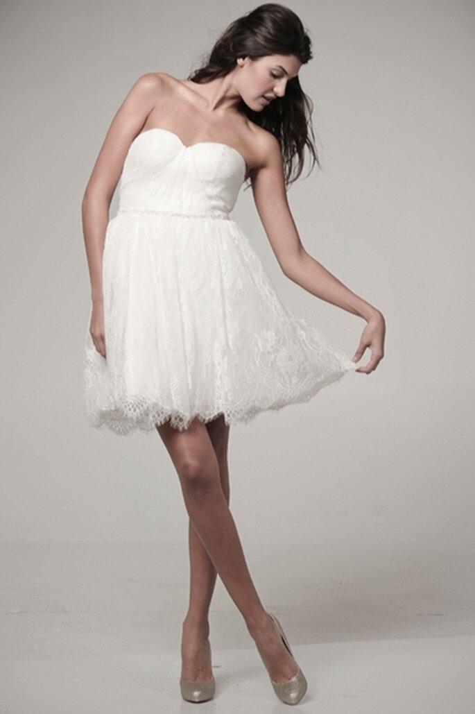 Kurzes Hochzeitskleid Modell Curtsy von Ivy & Aster - Foto:www.ivyandaster.com