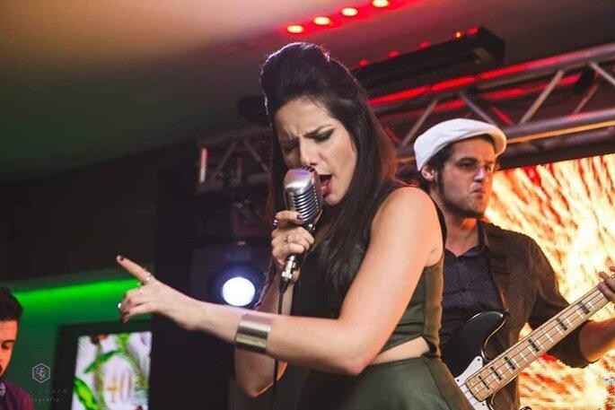 Gabi Brandão Cantora