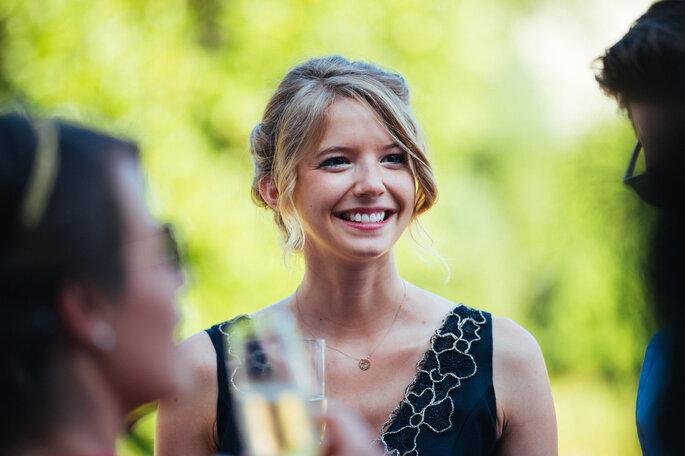 femme qui sourit mariage