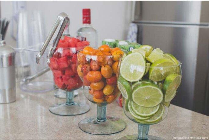 Aparador Rustica De Madeira ~ Dicas para incorporar comida, decoraç u00e3o e clima de boteco no seu casamento