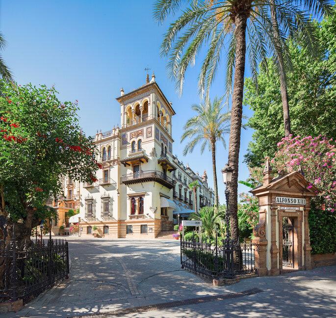 Façade de l'Hôtel Alfonso XIII à Séville