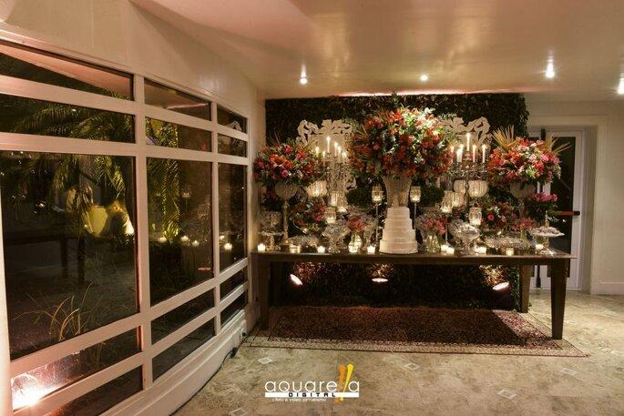 Mesa impecável para casamento