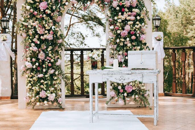 Décoration de mariage - Arche de fleurs