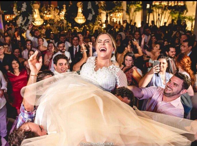 Festa vibrando com a alegria da noiva