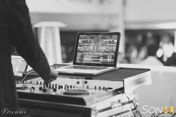 Un matériel de pointe pour le DJ du mariage