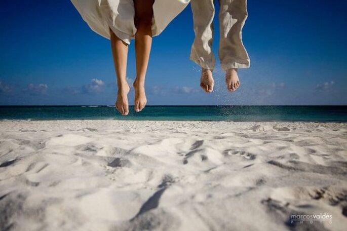 Flitterwochen im Paradies: Unter Palmen und weißen Sandstränden können frisch Vermählte ihre Zweisamkeit genießen – Foto: www.marcosvaldes.com