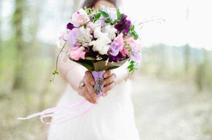 Ramo de novias con flores de jardin para el 2013 - Foto Nadia Meli