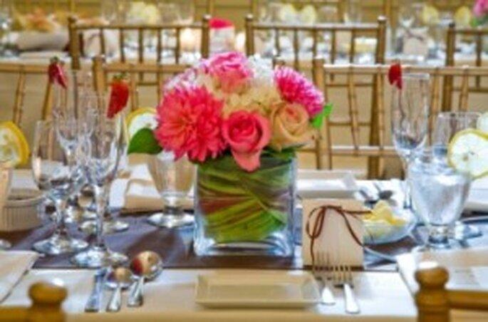 Los centros de mesa bajos no interrumpen la comunicación entre los invitados