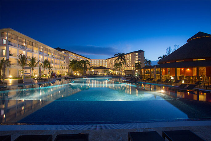 Royal White Sands Resort