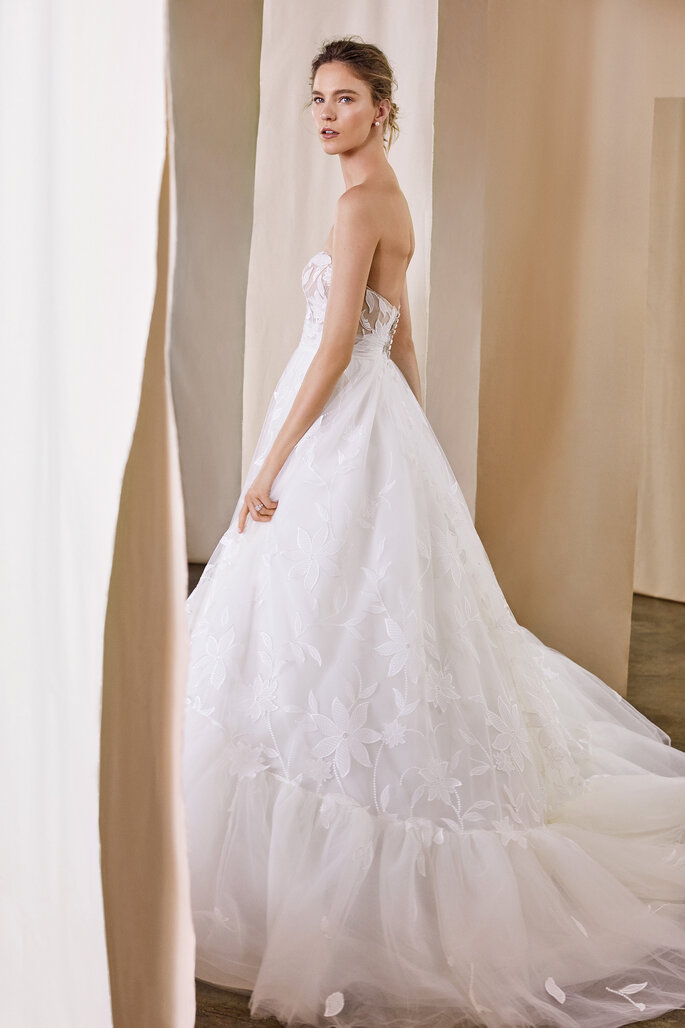 Justin Alexander Signature 2020 Collection | Style: Willow