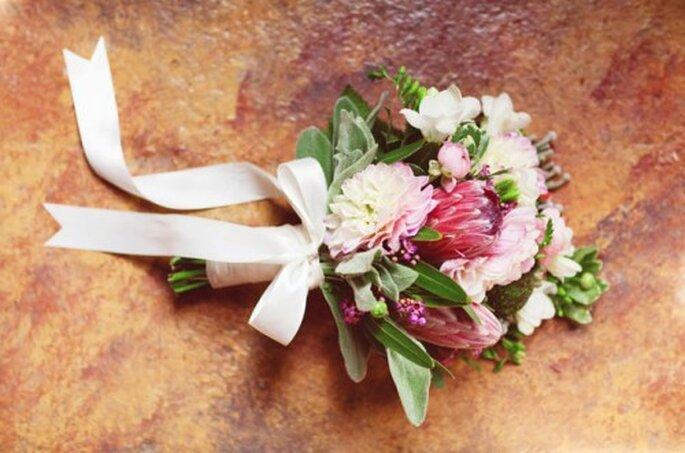 Ein getrockneter Brautstrauß als Andenken – Foto: clairelafaye gowns