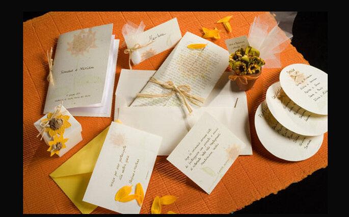 Partecipazioni Matrimonio Girasoli : Un matrimonio tinto di giallo decorare con i girasoli