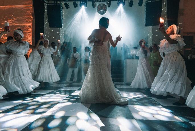 Team Bride Baile de novios folclórico