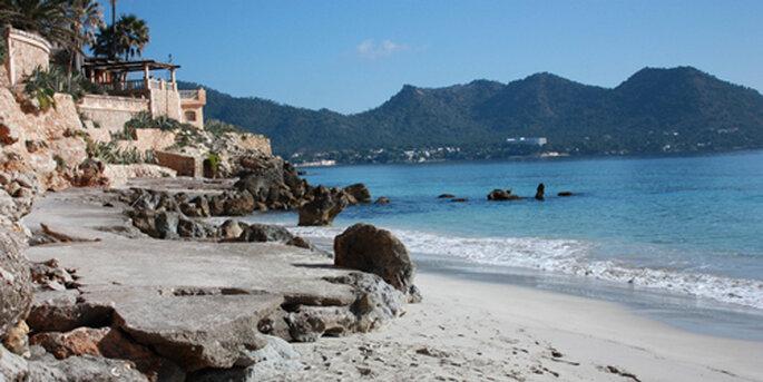 JA sagen am Sandstrand von Mallorca // Foto: www.portverd-delmar.com
