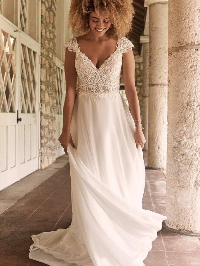 Robe de mariée empire avec de la dentelle