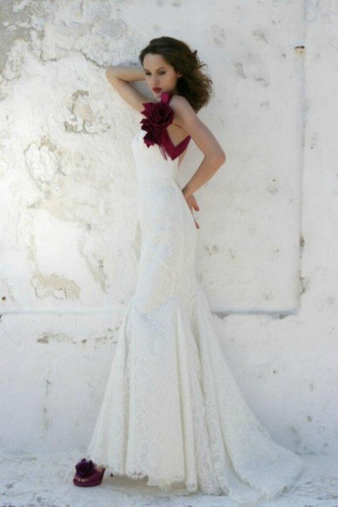 Vestido de novia 2012 con escote en hombro