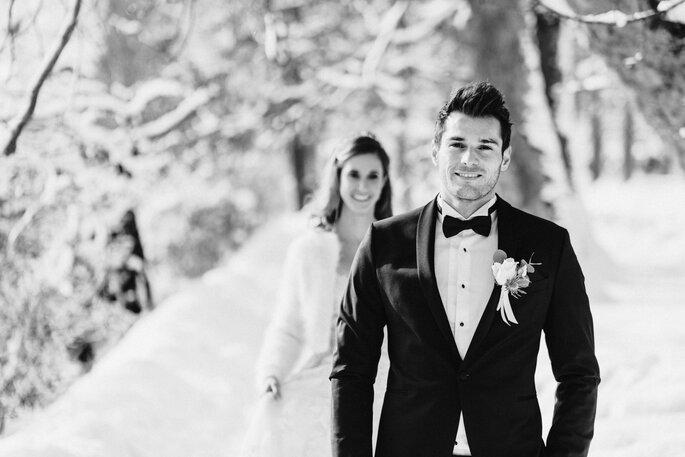 Hochzeitsfoto. Schwarz-weiss Brautpaarfoto