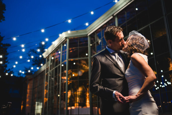 Riccardo Bonetti Photography - bacio sposi in una notte stellata