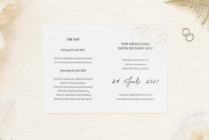 Hochzeitseinladung Design Motiv Blumenkranz grün Klappkarte Postkartenformat Paper Studio Zankyou