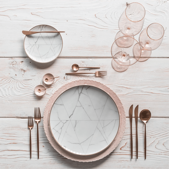 Place Setting in Marmor Look