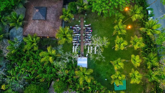 Visão aérea da cerimônia ao ar livre