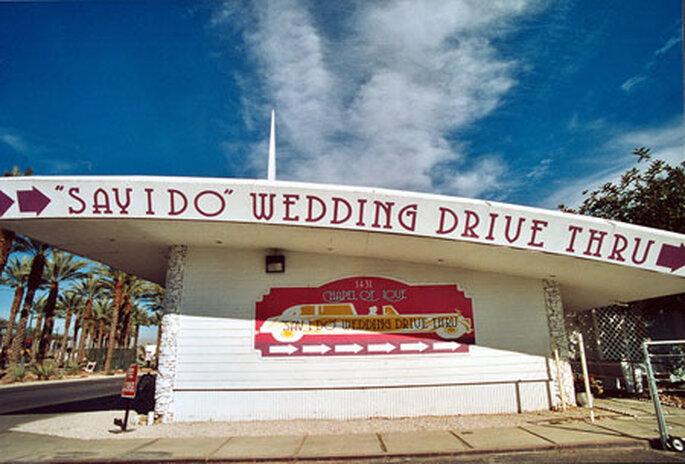 Drive Thru Wedding Chapels Las