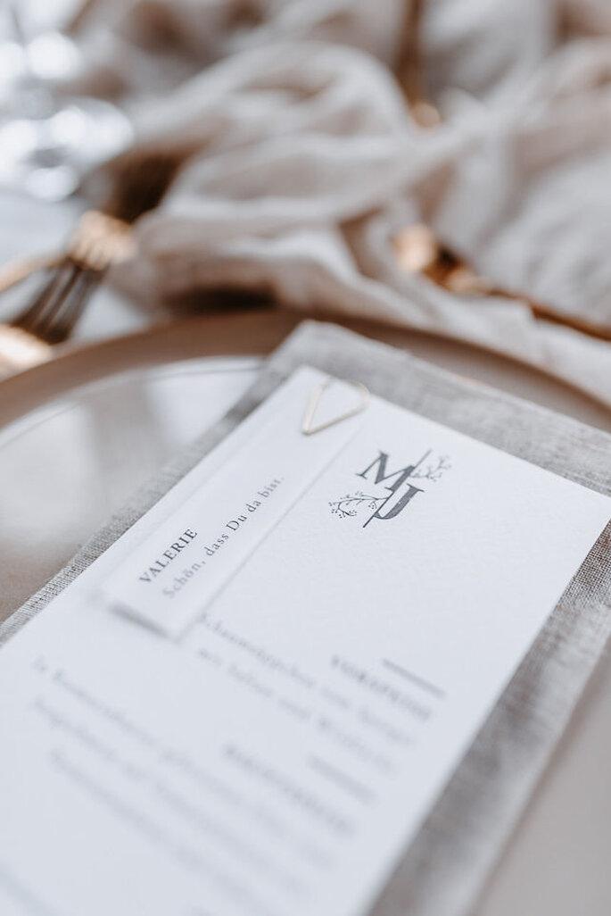 Hochzeitsmenü weiss modern