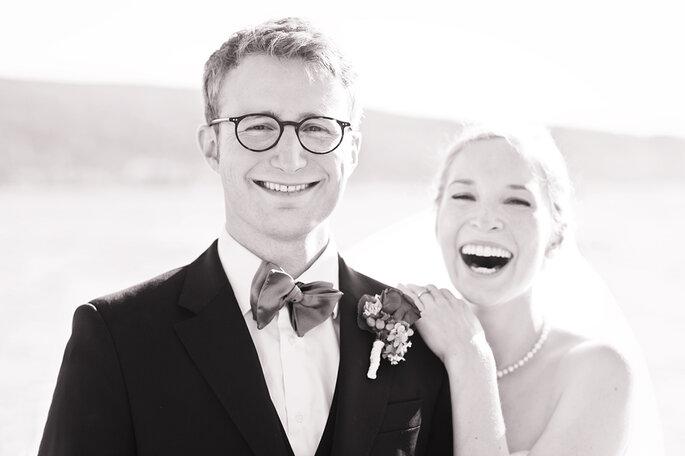 glückliches Brautpaar von Rebecca Dykema