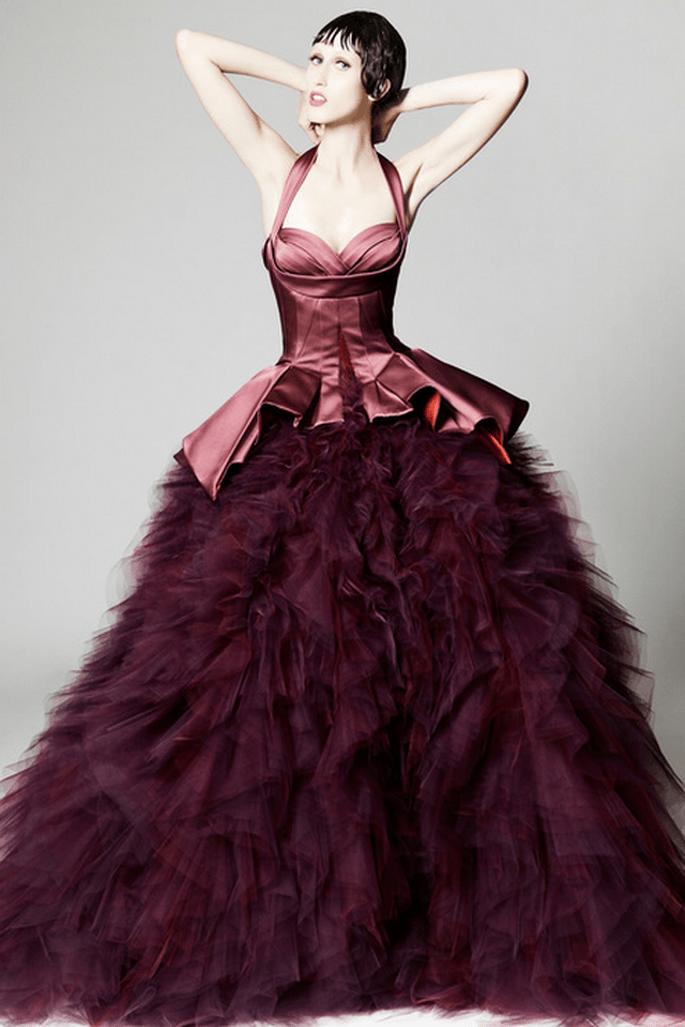 Vestido de fiesta 2014 en color púrpura con corte sirena - Foto Zac Posen