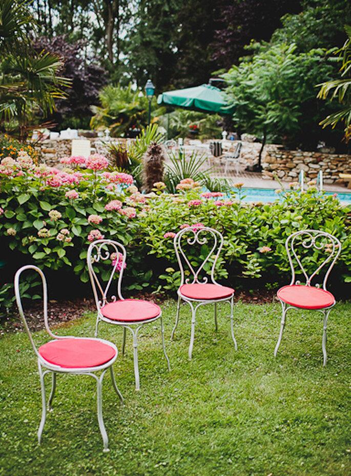 Auch bei der Gartenparty sollte man pinke Elemente finden – Foto: david one