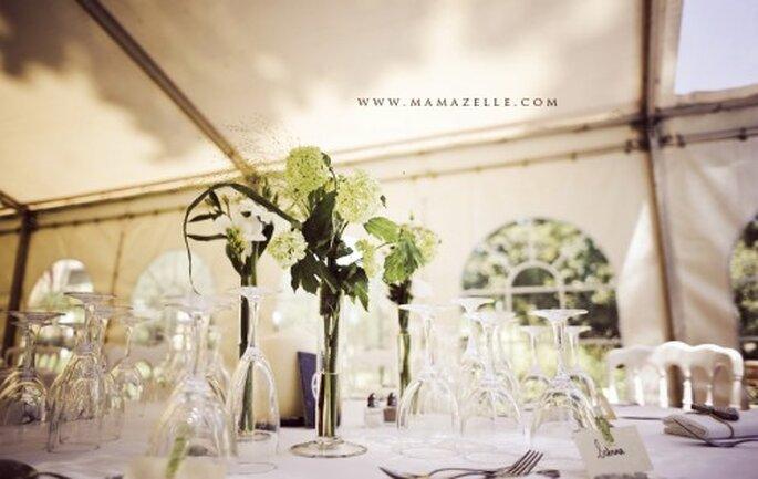 Decoración minimalista para boda. Fotografía Mamazelle