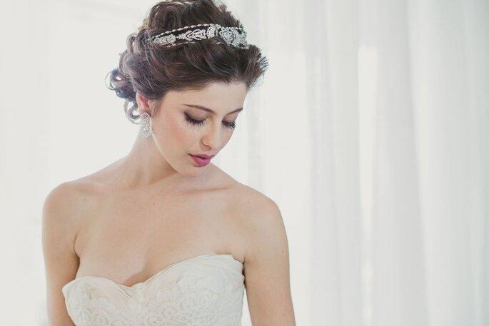 linda coroa em brilhantes para noiva em casamento