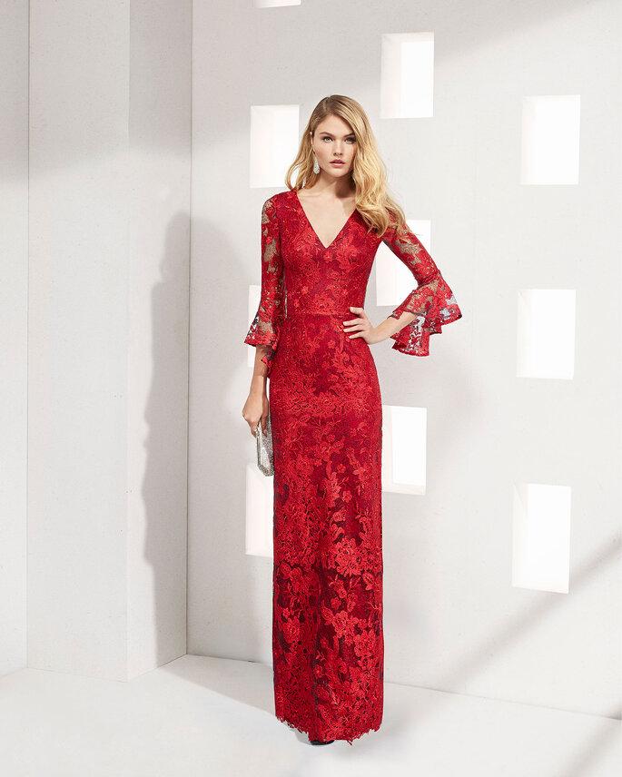 Robe de soirée rouge à manches longues en dentelle