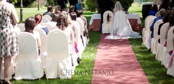 Romantische hochzeitsfeier im eigenen garten - Hochzeitsfeier im garten ...