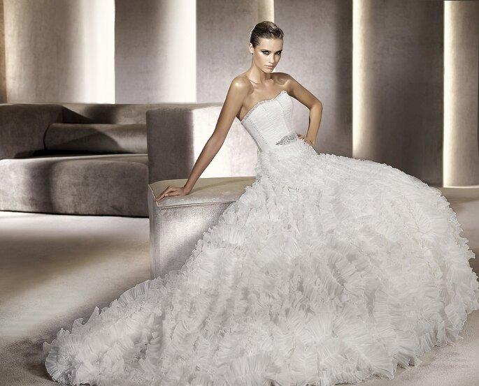 Las novias quieren ser princesas en 2012. Modelo Panama. Foto: Pronovias
