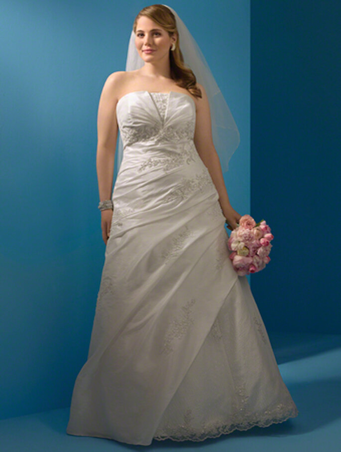 Style 2082W - Alfred Angelo