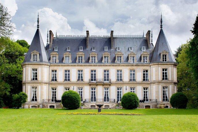 Façade du Château de Santeny datant du XIXème siècle
