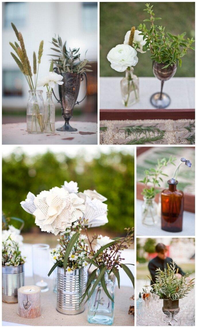 Centros de mesa de boda con botellas de cristal, colores verde y blanco