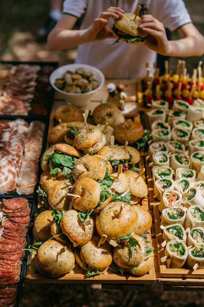 Buffet de nourriture imaginé par Brunch me Up'.