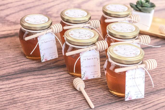 potinhos de mel como lembrança de casamento