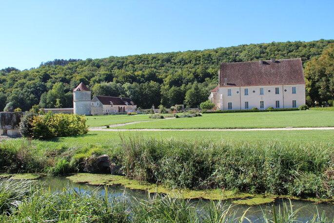Abbaye de Reigny - lieu de réception pour votre mariage - Yonne