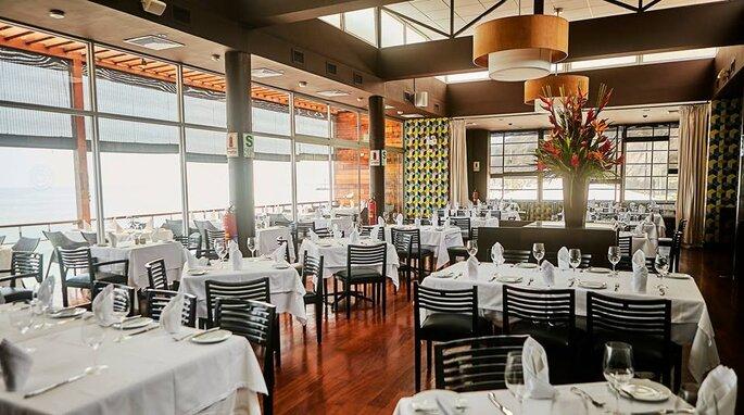 Cala Restaurant Bar & Lounge