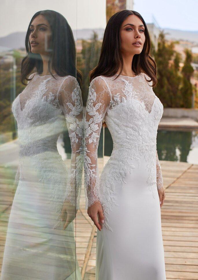 Pronovias Premiere 2021 Vestido de novia sirena con escote barco con manga larga con espalda de encaje