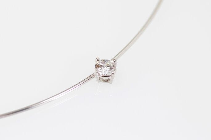 colar com pedra preciosa para noiva