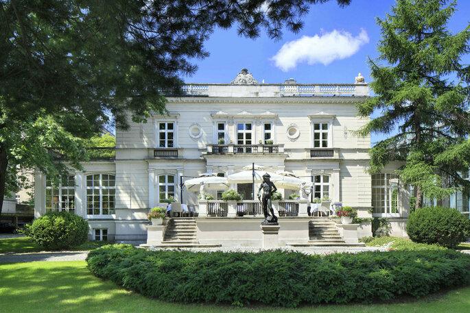 Pałac Sobańskich z parku