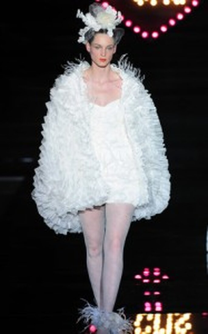 Vestidos de novia Yolan Cris 2011