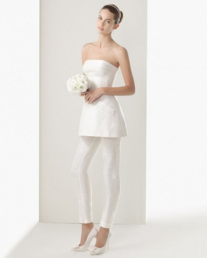 Conjunto para novia con pantalones - Foto Rosa Clará