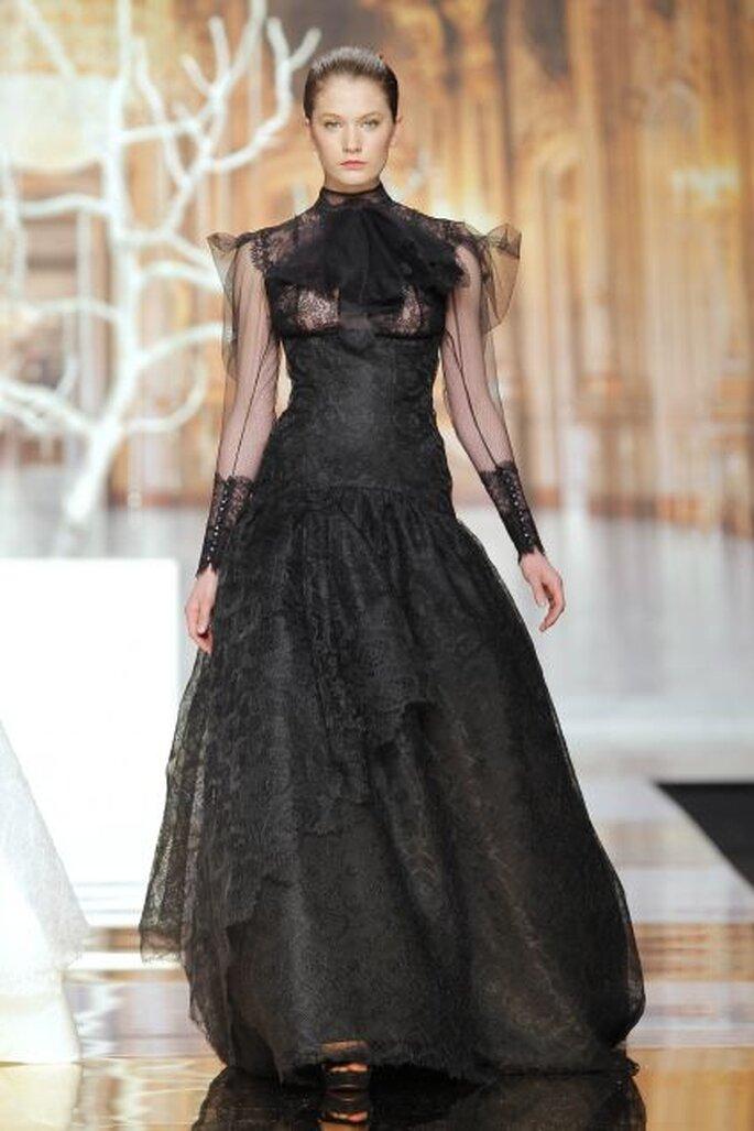 Vestido negro de Yolan Cris 2014. Foto: Barcelona Bridal Week